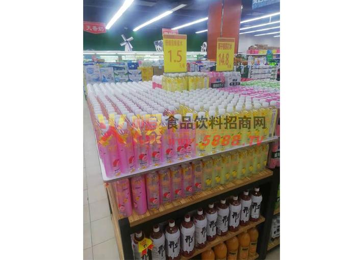珊瑚泉蜂蜜水产品陈列