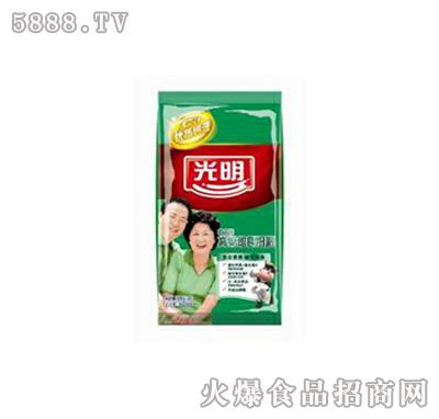 光明中老年高钙维E奶粉