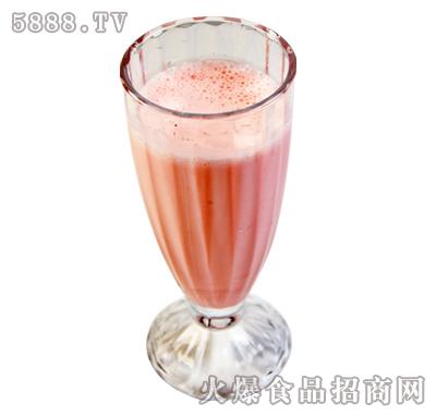 雪原草莓奶茶