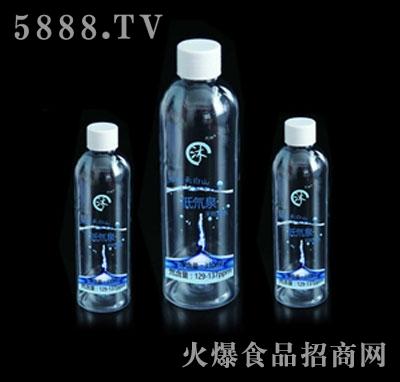 兴林低氘泉产品图