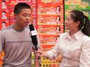 召陵区万美食品厂在漯河食博会上接受火爆采访