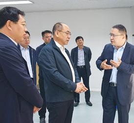 烟台市副市长李朝晖赴龙大集团调研