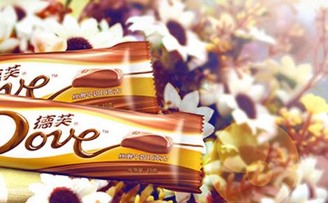 德芙牛奶巧克力图片