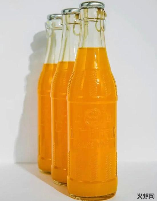 5老牌汽水变了样,健力宝、宏宝莱、崂山、北冰洋……一大批国产饮料重新出山!